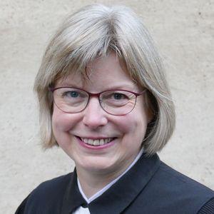 Porträt von Pastorin Wiltrud Holzmüller