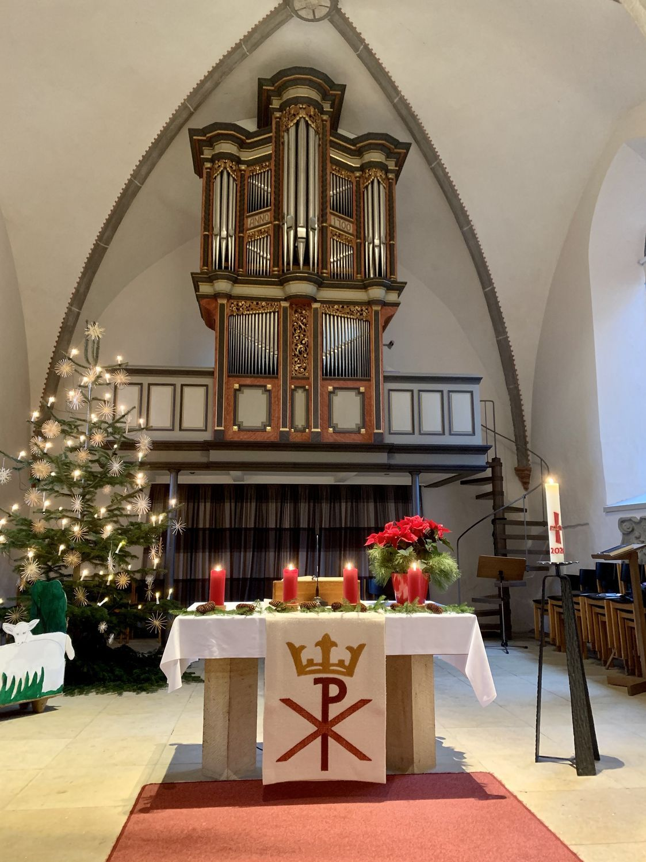 Chorraum der Kirche