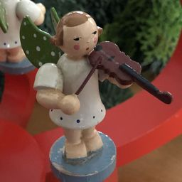 Erzgebirgsengel mit Geige